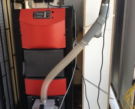 Pellas X Mini 26kW καυστήρας πέλλετ σε μονοκατοικία στη Βέροια